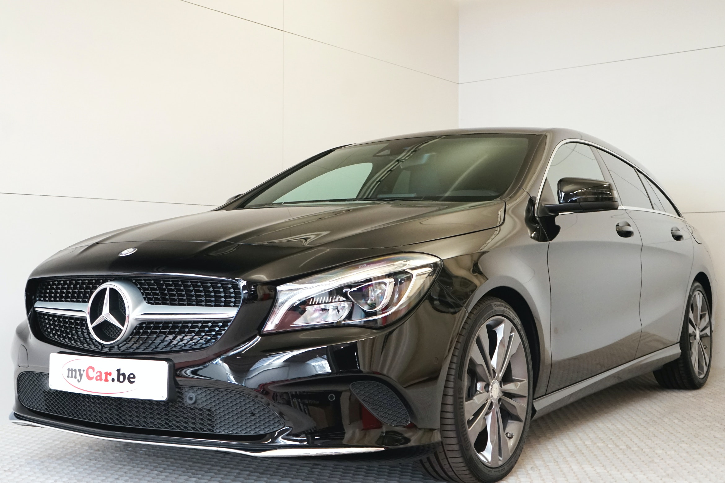 Mercedes Benz Cla 180 Shooting Brake Urban Mycar Be Is The Specialist In Almost New Cars