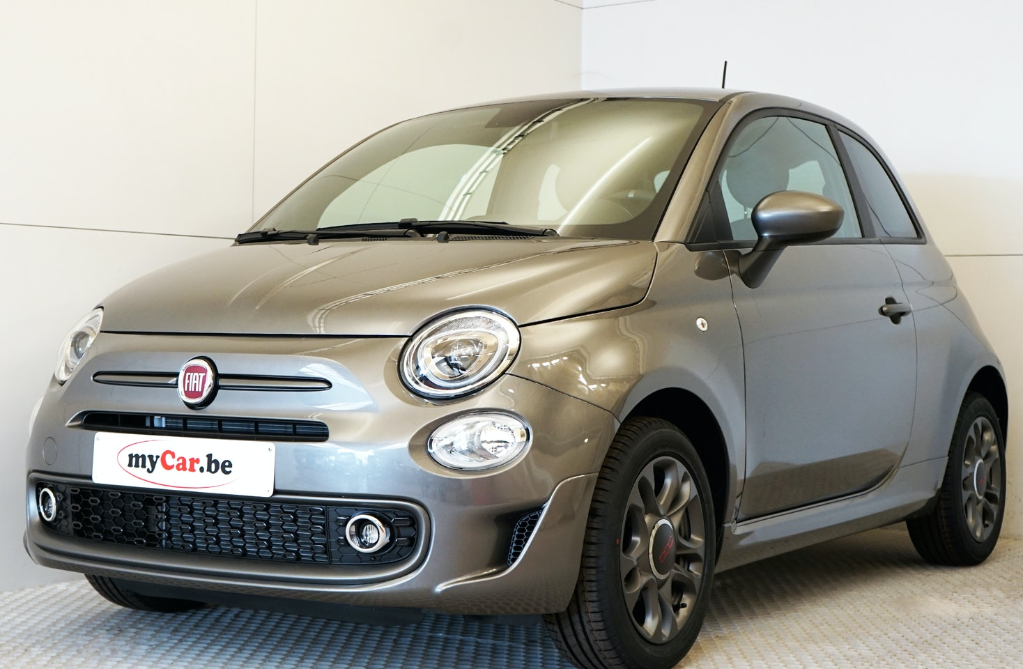Fiat 500 Sport Uconnect • myCar be is the specialist in