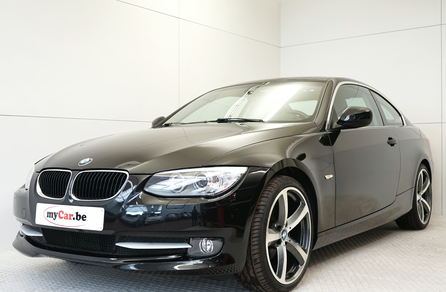 Verwonderlijk BMW 3 320d - Coupé • myCar.be is the specialist in (almost-) new cars! XH-36
