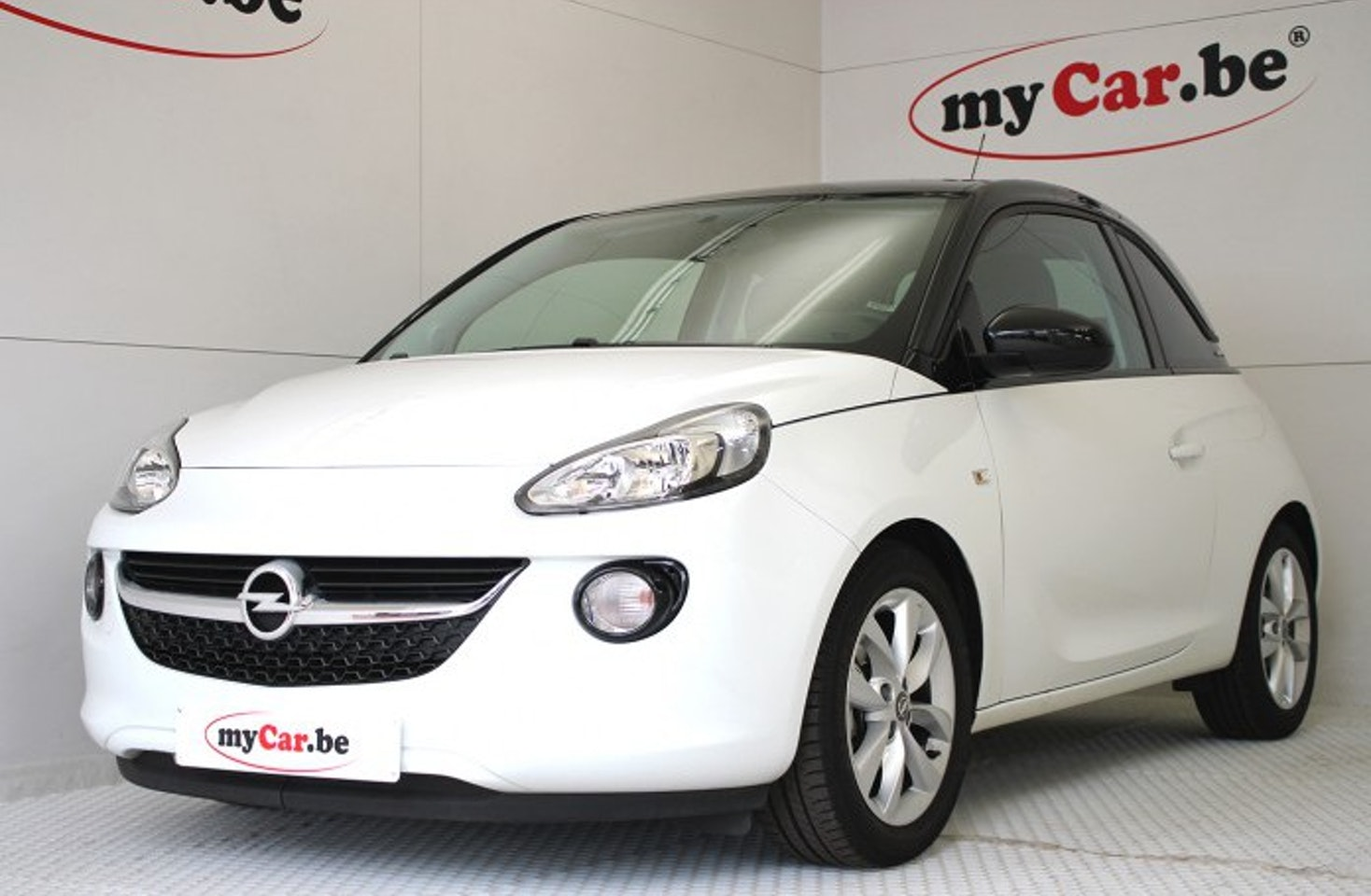 opel adam saturday white fever slam is d. Black Bedroom Furniture Sets. Home Design Ideas